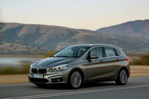 2 BMW 2 Active Tourer