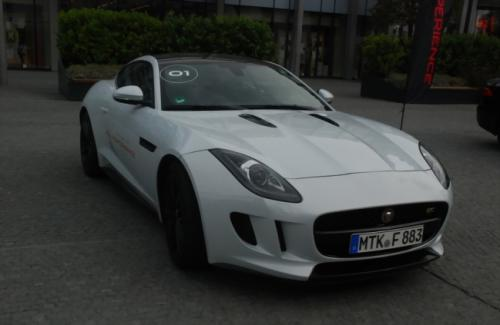 1 Jaguar F-Type